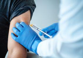 Câmara aprova projeto que permite que empresas comprem vacinas