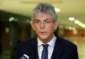 """Joaquim Barbosa não confirma candidatura e Ricardo avalia: """"Brasil precisa de unidades democráticas"""""""