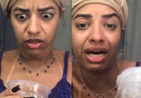 """""""Recebidinhos"""": influenciadora chora após ganhar cocô em pote de doce"""