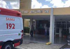 Após ser esfaqueado, homem corre para hospital e pede socorro em João Pessoa