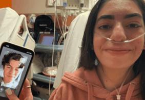 Shawn Mendes faz videochamada com fã brasileira que espera transplante
