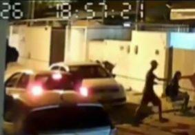 Câmera mostra momento em que família é assaltada na Zona Sul de João Pessoa, veja