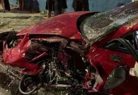 Motorista capota Porsche Cayman no Recife e deixa carro destruído