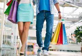 Metade dos consumidores que vão às compras na Black Friday deve gastar acima de R$ 600, aponta