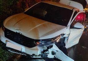 Colisão mata mulher e deixa homem e criança feridos no Cuiá