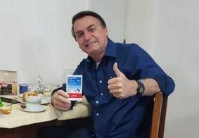 Bolsonaro diz que médicos têm liberdade em tratamentos contra covid-19
