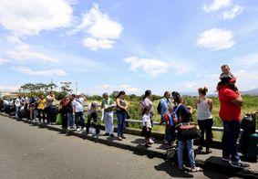 Cerca de 900 venezuelanos entram  diariamente no Brasil