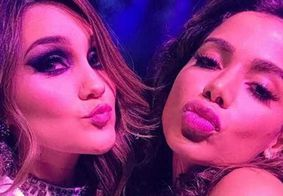 Fã de 'RBD', Anitta é tietada por Dulce Maria em premiação