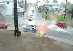 Chuvas deixam comunidade completamente alagada