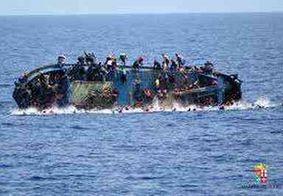Naufrágio perto da Líbia mata mais de 30 imigrantes