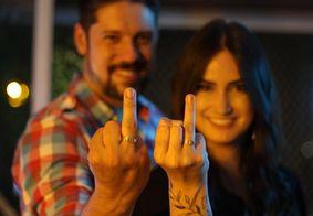 Inspirado em 'Friends': Mari Palma anuncia noivado e mostra vídeo do pedido
