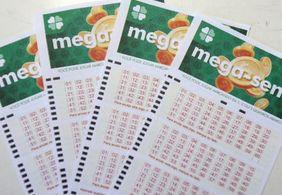 Veja as dezenas sorteadas pela Mega-Sena neste sábado (15)