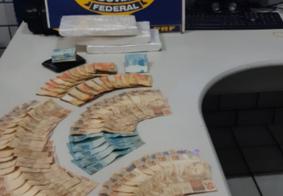 PRF prende homem com cocaína e mais de R$ 10 mil na Paraíba