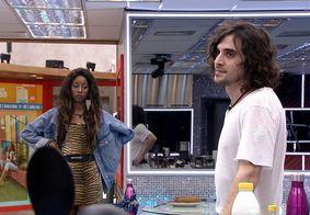 Fiuk discute com Juliette por causa de bolo