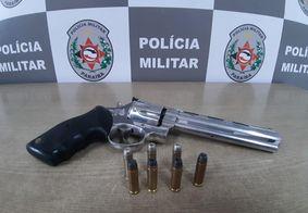 Preso homem suspeito de ameaçar a própria filha com um revólver em João Pessoa
