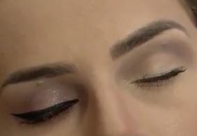 Vídeo: Saiba como escolher a base ideal para seu rosto