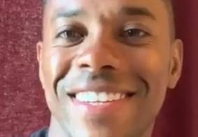 """Robinho volta às redes sociais e afirma: """"tenho a força de Cristo em mim"""""""