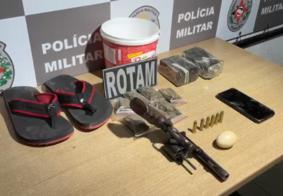 Ovo de galinha ajuda PM localizar arma, munições e entorpecentes em João Pessoa
