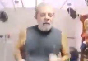 """Em tom de meme, perfil oficial informa liberdade de Lula no Twitter: """"Lula Livre"""""""