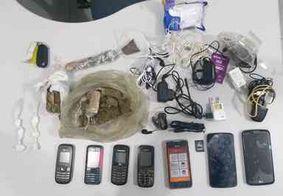 Drogas e celulares que seriam jogados em presídio de Mamanguape são apreendidos pela polícia