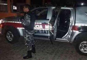 Homem tenta atropelar policial antes de ser preso por suspeita de agressão doméstica na PB