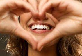 Conheça 10 frases para usar no happy hour e divertir amigos