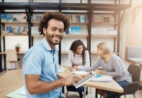 Maioria dos participantes do Enade 2019 é de faculdades particulares
