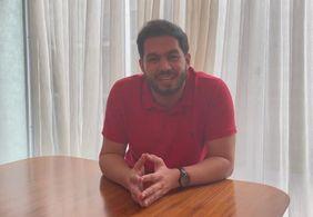 Vídeo | Pastor André Vitor nega acusações de assédio contra criança