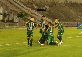 Sousa bate São Paulo Crystal por 2 a 0 e assume liderança do Paraibano