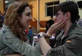 Namorada de Rafael Miguel faz 2ª tatuagem em homenagem a ele: 'Queria que estivesse aqui'