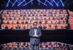 Record decide exibir edição inédita do 'Canta Comigo' com Gugu Liberato